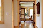 Prairie Style House Plan - 3 Beds 2.5 Baths 2979 Sq/Ft Plan #454-7 Interior - Master Bedroom