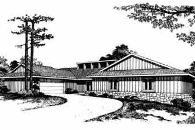 House Blueprint - Traditional Exterior - Front Elevation Plan #72-392