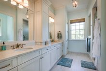 Farmhouse Interior - Master Bathroom Plan #938-82