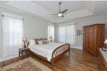 Craftsman Interior - Master Bedroom Plan #929-978