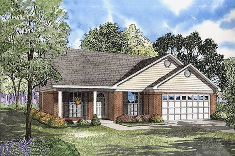 Traditional Style House Plan - 3 Beds 2 Baths 1082 Sq/Ft Plan #17-582