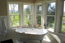 House Plan Design - farmhouse bath