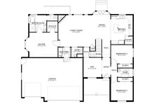 Traditional Floor Plan - Main Floor Plan Plan #1060-46