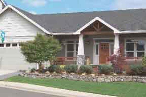 Craftsman Exterior - Front Elevation Plan #130-101