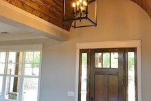 Craftsman Interior - Entry Plan #437-85