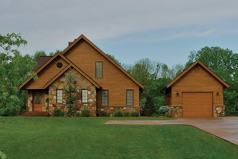 Front View - 1600 square foot Craftsman Cabin