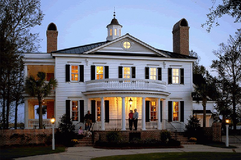 Classical Style House Plan - 3 Beds 3 Baths 3585 Sq/Ft Plan #137-222 Exterior - Front Elevation