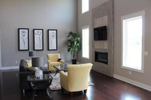 Traditional Interior - Family Room Plan #20-2126