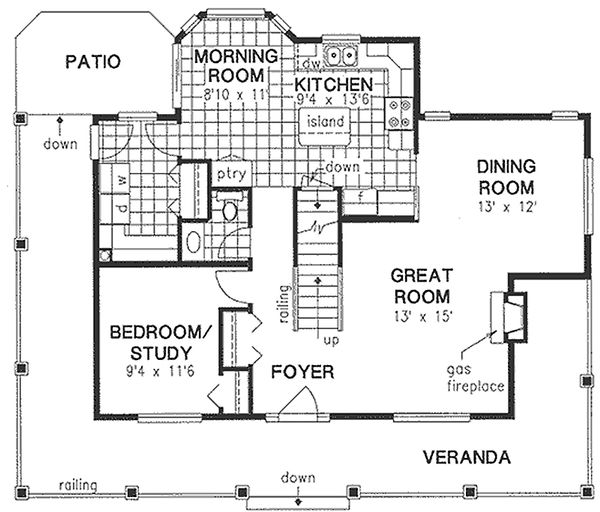 Traditional Floor Plan - Main Floor Plan Plan #18-285