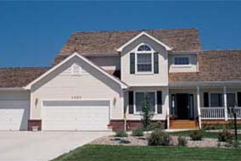 Traditional Exterior - Front Elevation Plan #20-267 - Houseplans.com