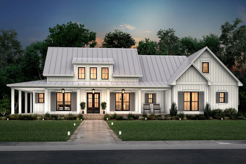 Dream House Plan - Farmhouse Exterior - Front Elevation Plan #430-261