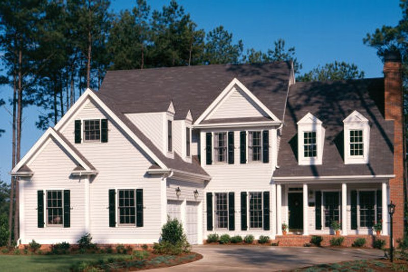 Colonial Exterior - Front Elevation Plan #429-15 - Houseplans.com