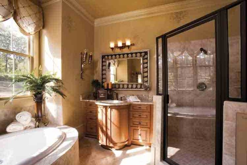 European Interior - Master Bathroom Plan #927-18 - Houseplans.com