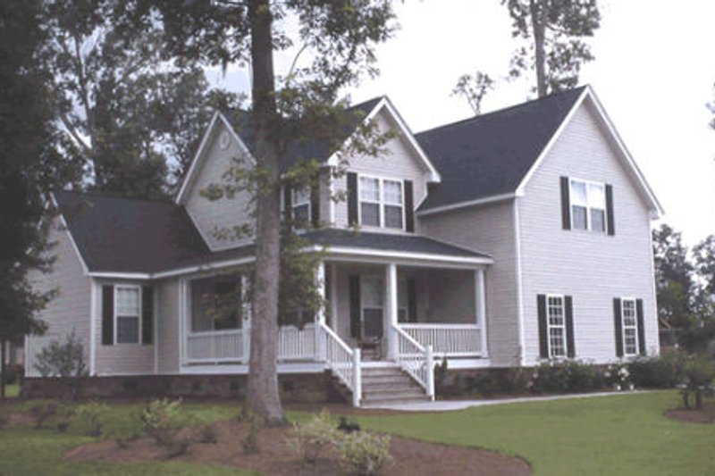 Country Exterior - Front Elevation Plan #20-162 - Houseplans.com