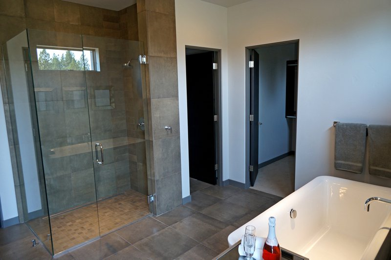 Contemporary Interior - Master Bathroom Plan #892-15 - Houseplans.com