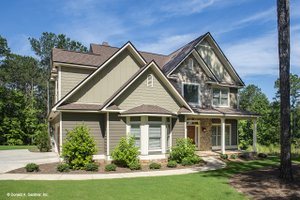 Dream House Plan - Craftsman Exterior - Front Elevation Plan #929-30