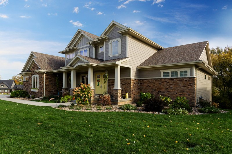 House Plan Design - Craftsman Exterior - Front Elevation Plan #70-1470