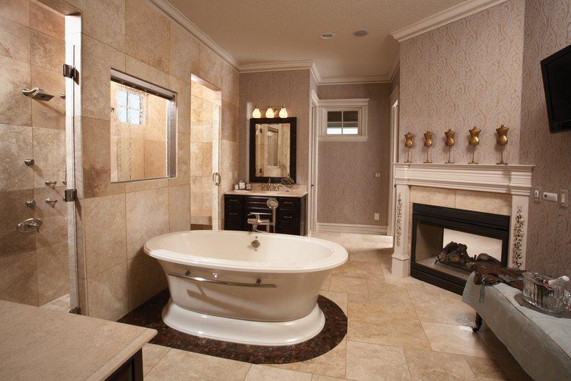 Craftsman Interior - Master Bathroom Plan #70-1040 - Houseplans.com