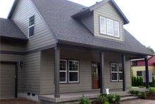 Craftsman Exterior - Front Elevation Plan #124-386