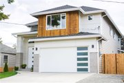 Contemporary Style House Plan - 3 Beds 2.5 Baths 2632 Sq/Ft Plan #1066-5 Exterior - Front Elevation