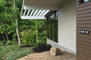 Modern Style House Plan - 3 Beds 2 Baths 2587 Sq/Ft Plan #438-1