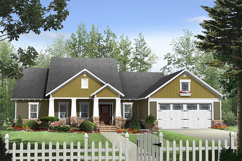Craftsman Style House Plan - 3 Beds 2 Baths 1924 Sq/Ft Plan #21-274 Exterior - Front Elevation