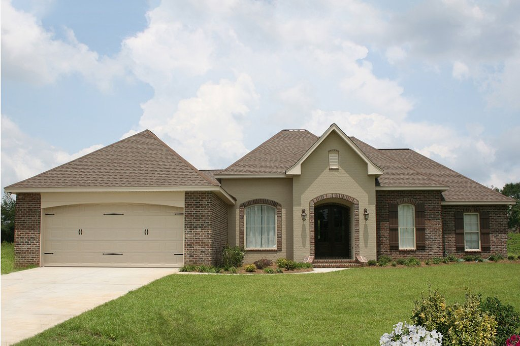 European Style House Plan 4 Beds 2 Baths 2000 Sq Ft Plan 430 74 Eplans Com Clear all filters sq ft min: eplans com