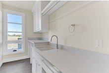 Dream House Plan - Contemporary Interior - Laundry Plan #892-30