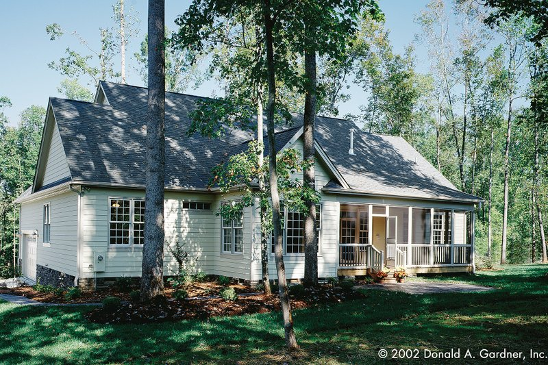 Country Exterior - Rear Elevation Plan #929-9 - Houseplans.com