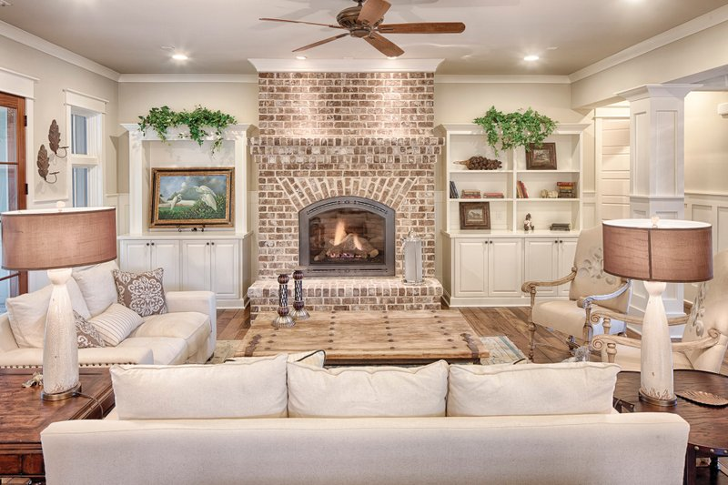 Farmhouse Interior - Family Room Plan #928-10 - Houseplans.com