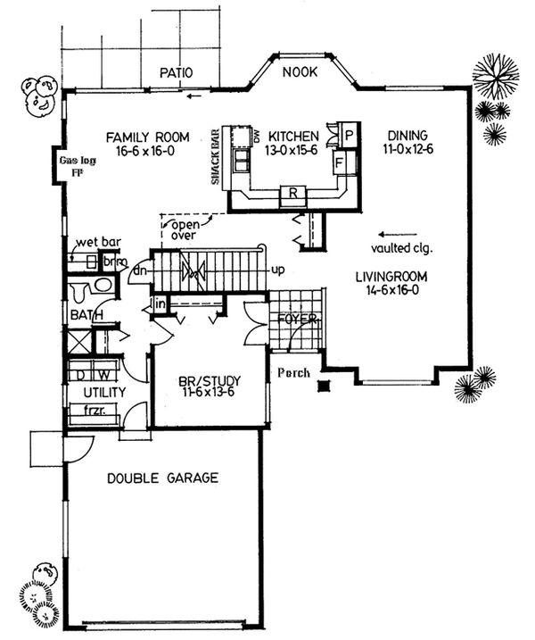 Modern Floor Plan - Main Floor Plan Plan #126-220