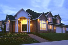 Dream House Plan - Contemporary Exterior - Front Elevation Plan #48-346