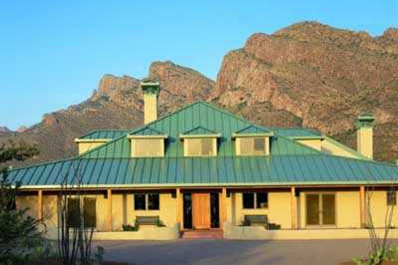 Dream House Plan - Modern Exterior - Front Elevation Plan #72-190