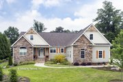Craftsman Style House Plan - 4 Beds 3 Baths 2331 Sq/Ft Plan #929-978 Exterior - Front Elevation
