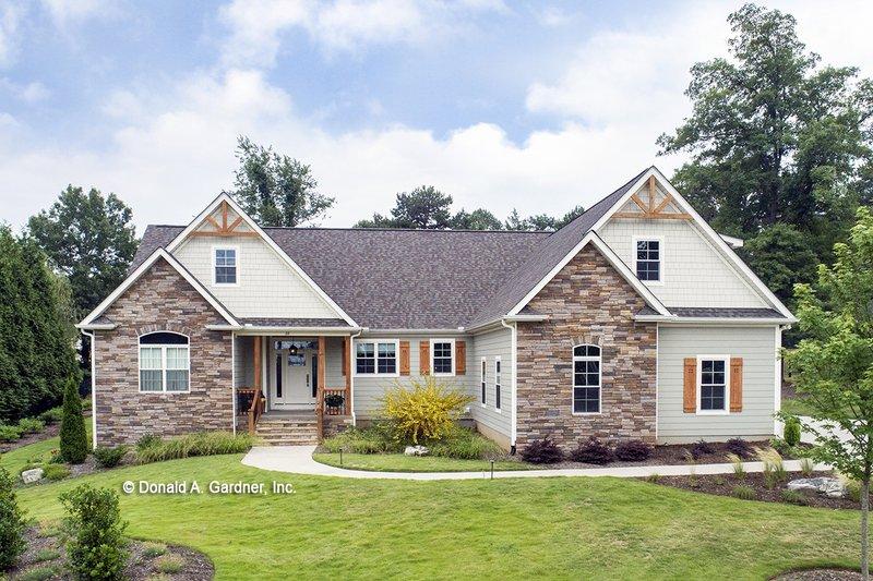 Architectural House Design - Craftsman Exterior - Front Elevation Plan #929-978