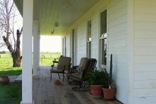 House Plan Design - Farmhouse porch
