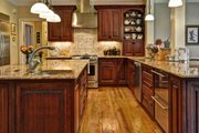 Southern Style House Plan - 4 Beds 3 Baths 3057 Sq/Ft Plan #137-107 Interior - Kitchen