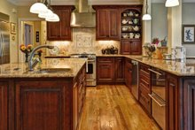 Southern Interior - Kitchen Plan #137-107