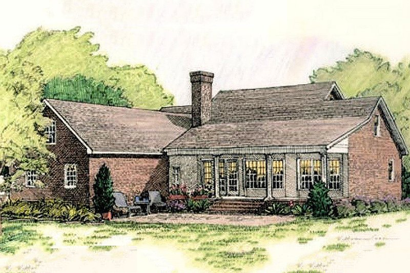 Southern colonial style home, rear elveation