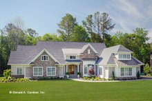 Dream House Plan - Craftsman Exterior - Front Elevation Plan #929-898