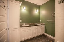 Ranch Interior - Bathroom Plan #1070-9