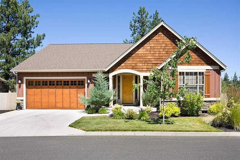 Craftsman Exterior - Front Elevation Plan #48-414