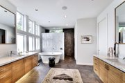 Modern Style House Plan - 4 Beds 4.5 Baths 4541 Sq/Ft Plan #449-13 Interior - Master Bathroom