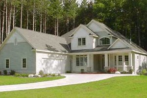 Traditional Exterior - Front Elevation Plan #49-128