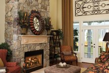 Country Interior - Family Room Plan #929-19